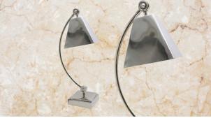 Lampe de bureau avec pied et abat jour en métal finition chromé brillant, ambiance rétro moderne, 50cm