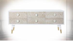 Meuble TV en bois de sapin, motifs mandala finition naturelle blanchie de style Indien, 120cm