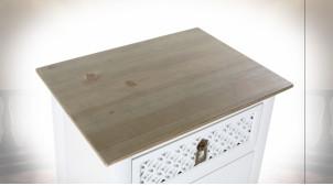 Chiffonnier en bois de sapin finition blanche et naturelle ambiance orientale, 100cm
