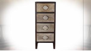 Chiffonnier à 4 tiroirs en bois de sapin finition brun foncé ambiance orientale, 110cm
