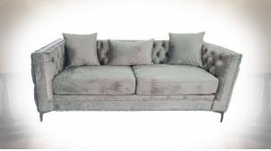 Canapé 3 places en velours finition grise, capitonnage et clous de tapissier esprit canapé Chesterfield, 210cm