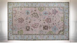 Grand tapis rectangulaire en coton et polyester finition bleu ciel et rose poudré, 290cm