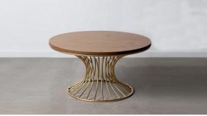 Grande table basse en acier doré et plateau en sapin massif, finition dorée et naturelle, ambiance moderne, Ø93cm