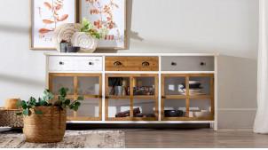 Grand buffet trois portes et trois tiroirs, en bois de sapin finition tricolore effet usé, ambiance moderne, 180cm