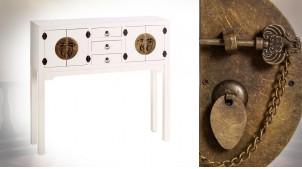 Console d'entrée quatre portes et trois tiroirs, en bois finition blanc neige et ferrures effet laiton doré, 95cm