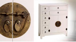 Meuble de rangement à huit tiroirs et deux portes, en bois blanc neige et ferrures en métal effet laiton, 90cm