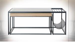 Table basse avec porte revues en métal finition noire, plateau en verre ondulé ambiance industrielle moderne, 110cm