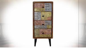 Chiffonnier à 4 tiroirs en bois d'acacia finition brun foncé, ornements en métal tricolores ambiance ethnique, 104cm