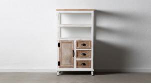 Meuble d'appoint en bois de sapin, trois tiroirs et une porte, finition blanchie usée, ambiance campagne, 121cm
