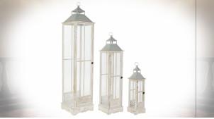 Série de 3 grandes lanternes en bois de sapin finition naturelle blanchie ambiance campagne chic, 142cm