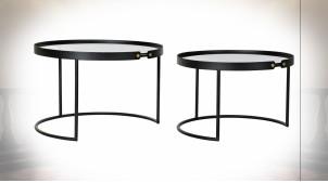 Série de 2 tables d'appoint gigognes en métal noir et plateaux en verre teinté de style moderne, Ø66cm
