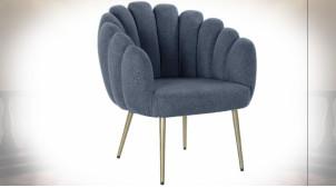 Fauteuil en polyester finition bleu marine, pieds en métal argenté de style contemporain, 77cm
