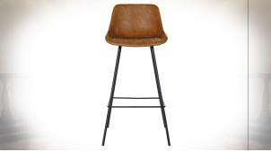 Chaise de bar imitation cuir finition brun caramel et pieds en métal noir de style rétro, 101cm