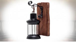 Lanterne murale avec support en bois brut, applique de style rustique finition charbon et naturel, 29cm