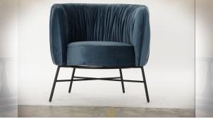 Fauteuil en tissu plissé effet velours finition bleu marine et pieds en métal noir de style rétro, 78cm