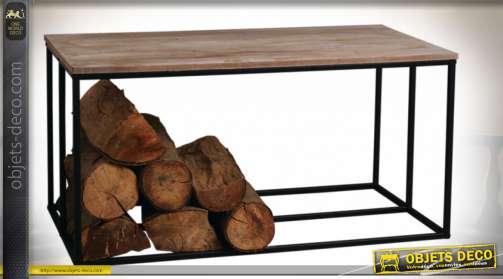 Table basse de salon avec piètement porte-bûches en métal de style rustique