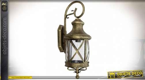 Lanterne murale extérieure en métal doré de style rétro avec potence de fixation
