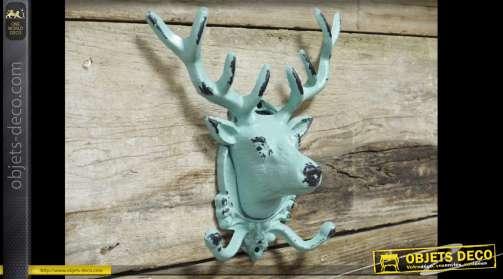 Porte-manteaux en métal patine vert très clair en forme de tête de cerf