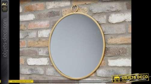 Miroir circulaire vintage en métal doré avec boucle de suspension