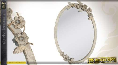 Miroir ovale style rétro et romantique patiné à l