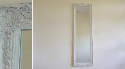 Miroir vertical en résine et bois de style baroque chic, moulures reflets dorés
