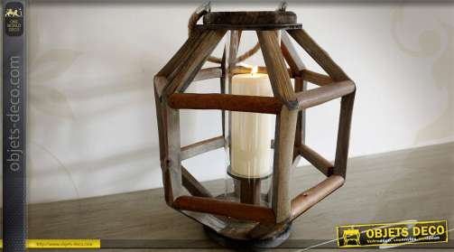Lanterne originale en bois forme hexagonale