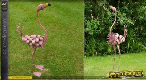 Flamant rose décoratif en métal effet stylisé et vieilli