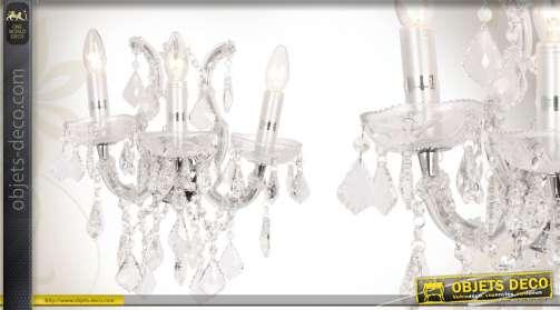 Applique murale à 3 bras, en métal et en verre, ornée de pampilles.