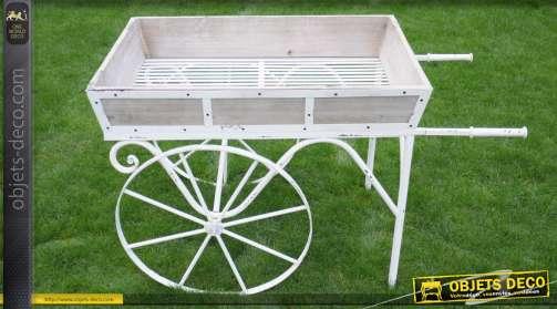 Grand chariot jardinière de style rétro et romantique en bois et métal coloris blanc