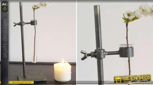 Vase en forme d'érpouvette industriel avec pied support en métal