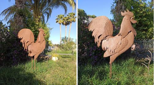 Sculpture ornementale en métal d'un grand coq finition oxydée 156 cm