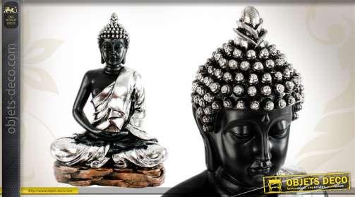 Statue du Buddha en position samādhi-mudrā, réalisée en résine finition argentée.