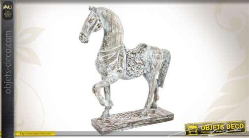 Statuette décorative en résine en forme de cheval, patine blanc vieilli.