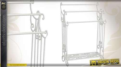 Porte-serviette en métal d'inspiration fer forgé, pourvue de 3 supports, coloris blanc.