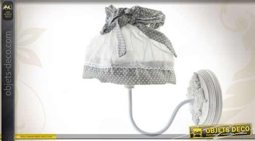 lampes et luminaires lampes de bureau lustres. Black Bedroom Furniture Sets. Home Design Ideas