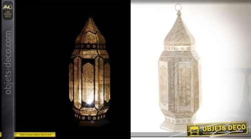 Lanterne avec ampoule en métal blanc patine dorée vieillie de 71cm