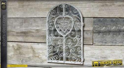 Miroir style fer forgé en forme de fenêtre en arcade avec deux volets ajourés finition patine gris clair