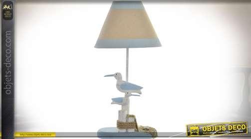 Lampe style bord de mer, avec pied en bois à motifs de mouettes et abat-jour bicolore lin écru et bleu ciel