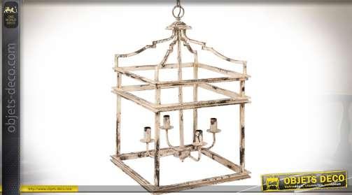 Lanterne de style rétro en métal forme carré finition crème antique. 4 points de lumière.