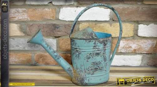 Ancen arrosoir de jardinier en métal bleu vieilli pour décoration