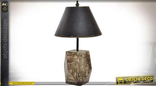 Grande lampe rétro rustique en bois et métal, pied en bois massif vieilli et abat-jour en métal noir vieilli oxydé Ø 42 cm