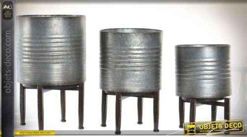 Ensemble de trois supports pots de fleurs en métal style rétro et industriel