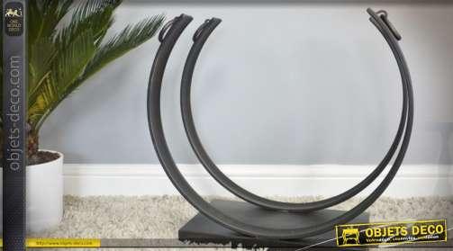 Porte-bûches en mtal noir de style moderne et contemporain en forme de panier semi-circulaire