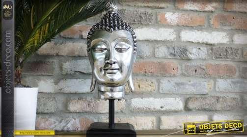 Grande tête de bouddha sur socle, finiton effet métal argenté et support en bois et métal noir
