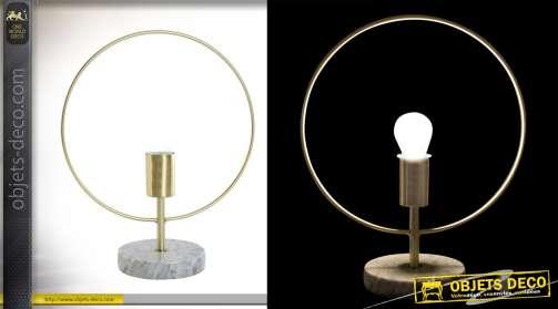 Lampe moderne forme ronde en métal doré et pied en marbre