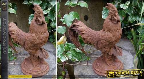 Statuette en fonte représentant un grand coq finition entièrement oxydée