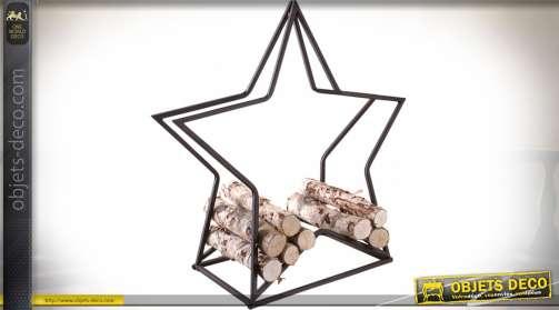 Porte-bûches original en métal vieilli en forme de grande étoile