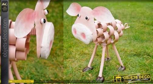 Petit cochon en métal aux formes modernes coleurs industrielles