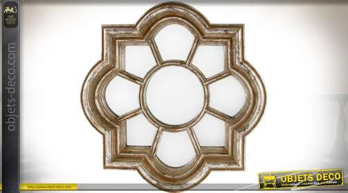 Miroir en forme d'ancienne fenêtre, à neuf zones vitrées et encadrement mouluré aspect très ancien.