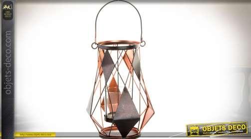 Duo de bougeoirs à poser en métal de style original avec partie centrale en verre.